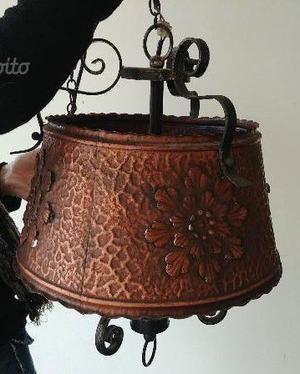 lampadario in rame lavorato a tre luci