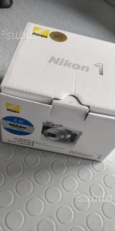 Mirrorless Nikon 1 J5 obiettivo mm