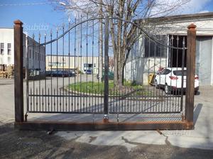 Cancello in ferro di 400 x 196 x 270 su monoblocco