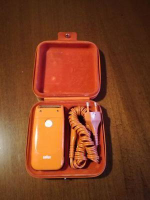Rasoio elettrico Braun arancio fine anni settanta