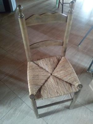 Sedie impagliate in legno