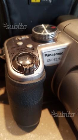 Panasonic DMC-FZ28 + BORSA + 2 BATTERIE