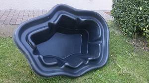 Vasca per laghetto da giardino posot class for Laghetto in plastica
