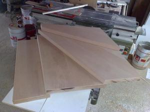 Scalini gradini in legno massello di castagno