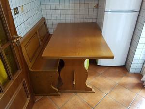 Tavolo e panca in legno massello