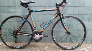 Bici corsa ibrida permuto