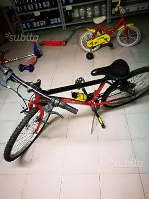 Mountain bike da sistemare i freni anteriori