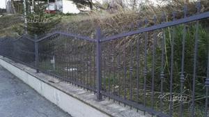 Recinzione in ferro battuto e cancello a 2 ante