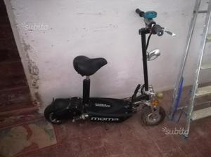 Monopattino elettrico/scooter