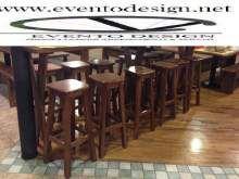Sgabelli in legno per irish pub e birreria