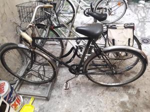 Bicicletta uomo colore nera ruote dell 28