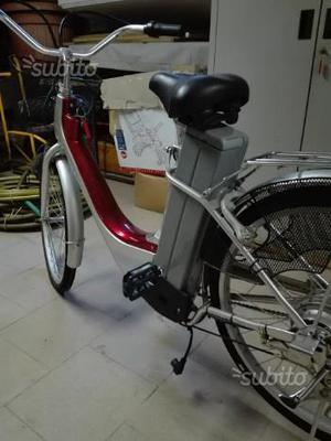Bici sissy con pedalata assistita