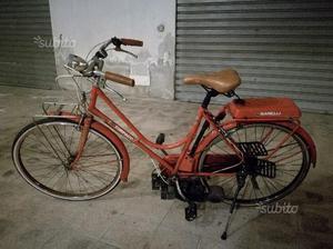 Bicicletta mosquito a motore a scoppio a miscela