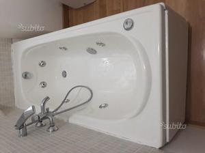 Vasca Da Bagno Vitaviva Prezzo : Vasca angolare arredamento mobili e accessori per la casa a