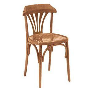 poltroncina e sedie in faggio per bistro