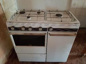 Cucina economica lincar posot class - Cucina a scomparsa economica ...