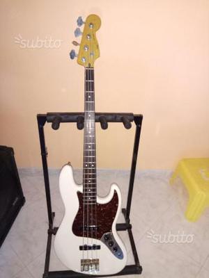 Basso fender squier jazz bass