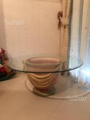 Tavolino con vetro di cristallo