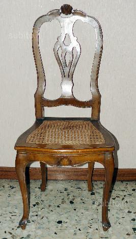 Coppia di sedie antiche con paglia di vienna