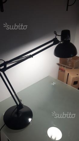 Lampada ikea in vetro base in ghisacon lampadina posot class - Lampada scrivania ikea ...