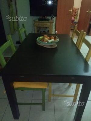 Tavolo ikea e 4 sedie