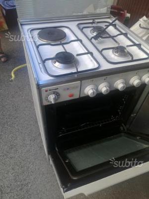 Cucina gas forno electrico