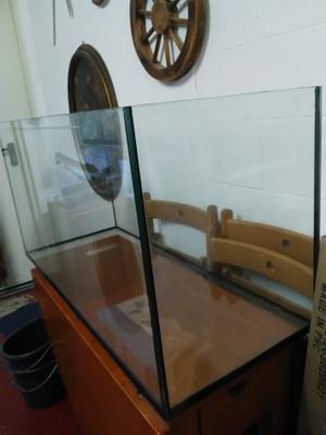 acquario 200 litri lunghezza 100cm seconda mano posot class