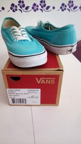 Vans colore blue n 38,5 originali usate poco.
