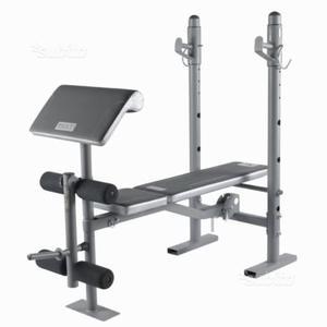 Panca pesi + bilanciere e pesi + bicipiti