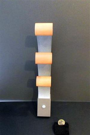 Appendiabiti da parete in metallo e legno - Nuovo