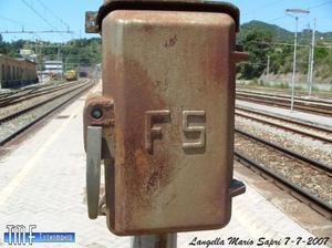 Telefono vintage F.S. su base in ghisa