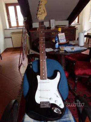 Fender squier con pick up strato- ME X