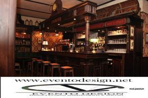banconi bar su commessa in legno massello adatti per irish