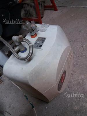 Deumidificatore argo narciso baby 10 litri posot class - Scaldabagno elettrico 10 litri ...