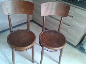 coppia di sedie antiche piu una poltroncina