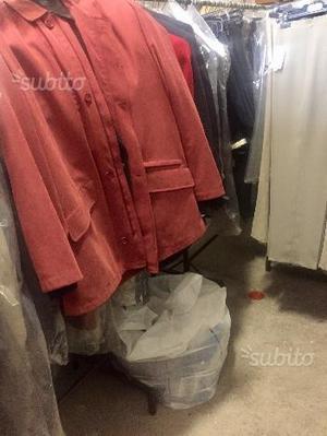Stock abbigliamento uomo e donna