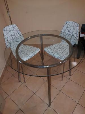 Vendo tavolo tondo + 4 sedie