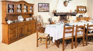 Mobili in legno dal produttore al consumatore: Taverne