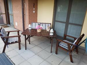 Tavolo da giardino o da terrazzo posot class for Poltrone da terrazzo