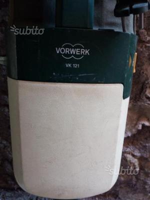 Folletto VK121 più batti tappeto