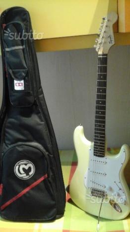 Fender Squier bullet stratocaster nuova