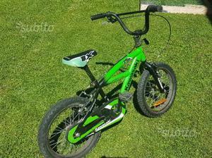 Bicicletta bimbo tipo bmx 4/6 anni