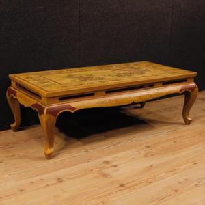 Tavolino francese in legno laccato e dipinto a cineseria