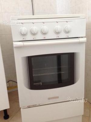 Cucina a gas 5 fuochi libera installazione posot class - Cucina a gas due fuochi ...