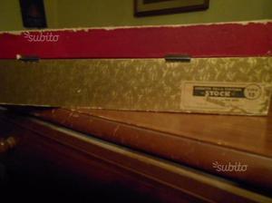 Stock scatola in legno
