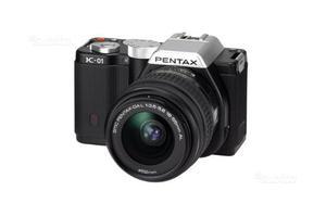 NUOVA - Pentax K-01 nera + DA L  FOWA 4 anni