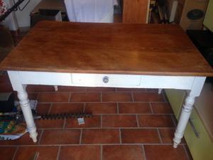 Tavolo in legno arte povera