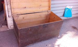 Baule grande in legno grezzo, larghezza 94 cm