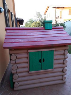 Scivolo chicco il castello e casetta chalet posot class for Casetta giardino chicco