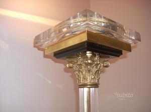 Lampada vintage in stile liberty